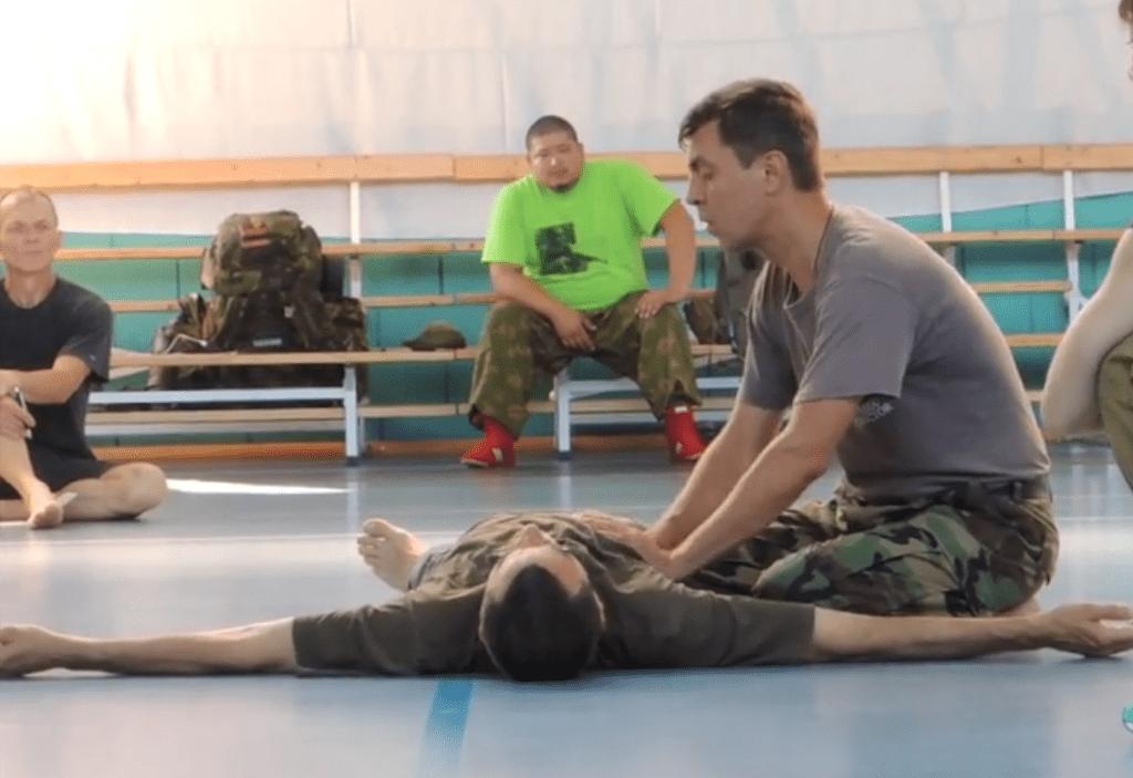 Massage du diaphragme par K.Komarov